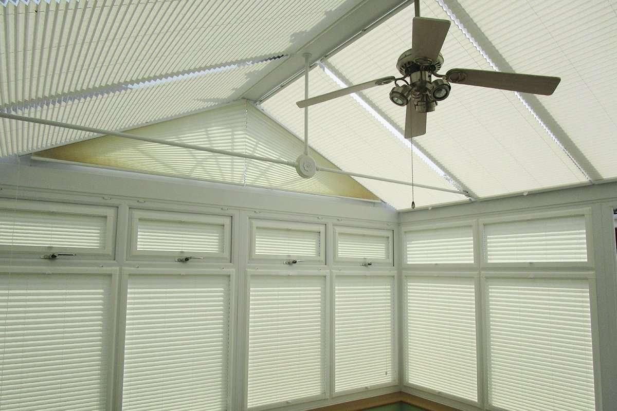 Flying conservatory blinds